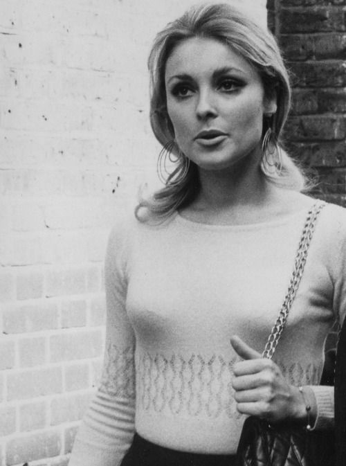 A rare beautiful photo of Sharon Tate in 1966 during her interview with Merv Griffin.