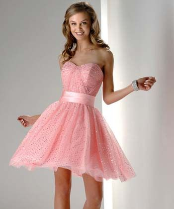 Modelos de vestidos cortos bombachos