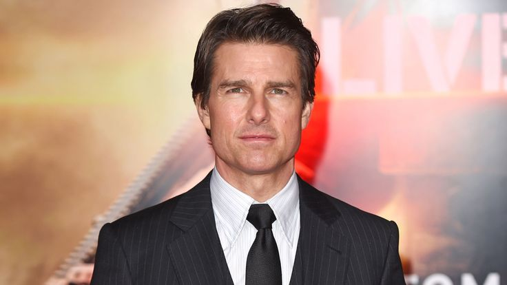 Plane crash on Tom Cruise film set leaves two dead, one injured