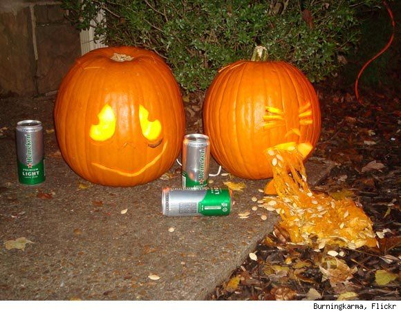 The 25 best pumpkin throwing up ideas on pinterest for Puking pumpkin stencil free
