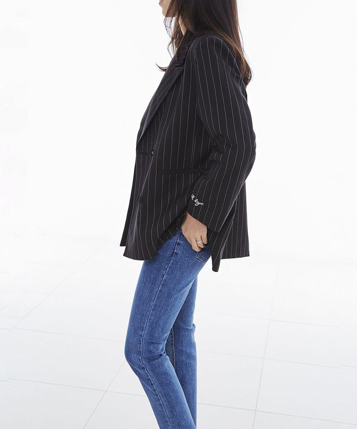 designed by BAE HYE RI, stripe jacket, black stripe jacket, overfit jacket, BRACKET D.BY