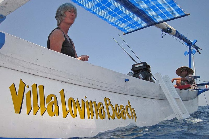 Sailing, fishing, swimming and snorkling with the traditional sailingboat of villa Lovina-beach