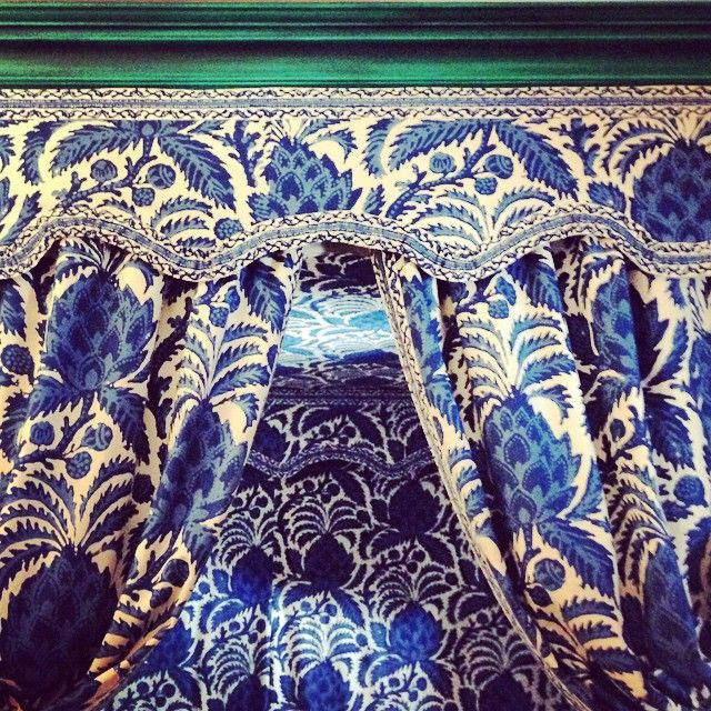 Green bed with blue and white hangings c1750/60 - I would legit...