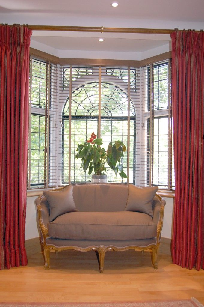 Inspiring Idea For Bow Window Curtain Rods : Appealing Elegant Red Bow Window  Curtain Rods