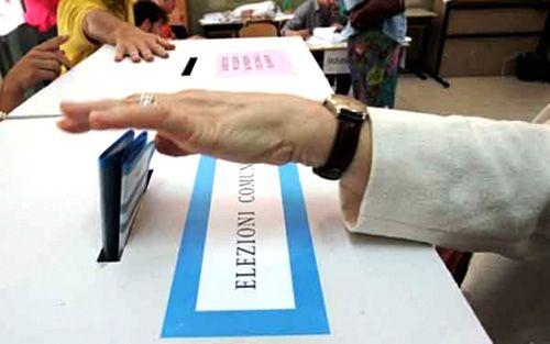 Chi sarebbe veramente uscito sconfitto, forse definitivamente, dalle elezioni amministrative di domenica 6 maggio e lunedì 7 maggio 2012, sarebbe il Popolo della Libertà.