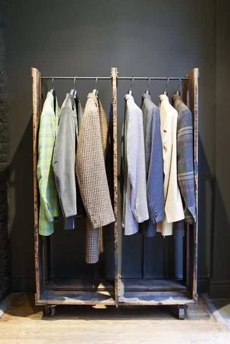 17 mejores ideas sobre muebles para colgar ropa en for Como colgar un espejo grande en la pared