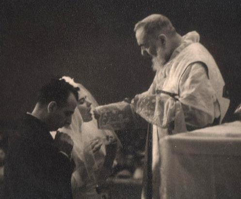 La Regla de 5 Puntos que el Padre Pío Aconsejaba a quienes Guiaba Espiritualmente » Foros de la Virgen María