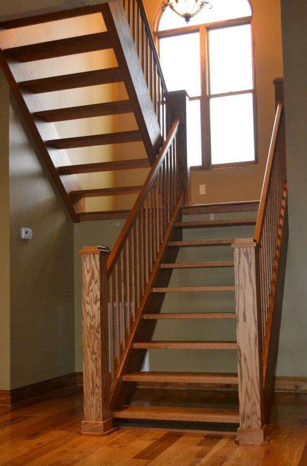 Solid Oak Stair Case. Proudly done by H Woodworks, in Bowling Green,KY!!! Good work guys!