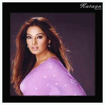 #Bipasha Basu in a simple purple saree