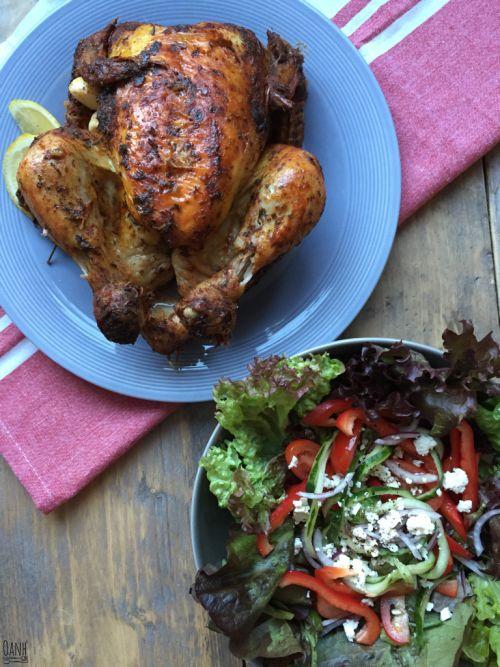 Een makkelijk maaltje vandaag! Een kwestie van marinade maken, marineren en een frisse salade brouwen Daarna geduldig wachten, de oven zijn werk laten doen tot de oven bel gaat en smullen geblazen!…