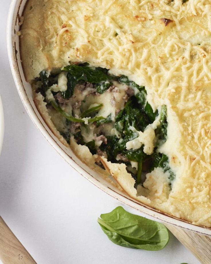 Hou jij ook zo van een ovenschotel met laagjes gehakt, groentjes en aardappelpuree? Dan moet je deze versie zeker en vast eens proberen!