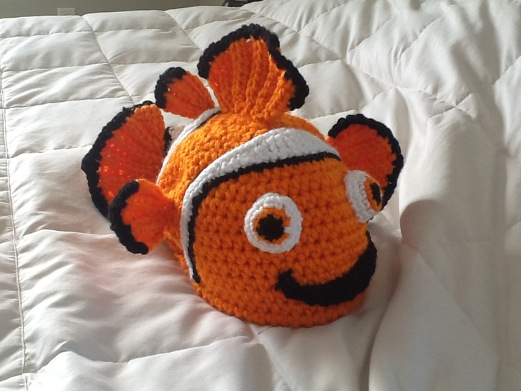 Crochet Clown Fish Hat with lucky fin *inspired by ...