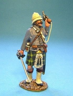 Gordon Highlanders Officer with Pistol John Jenkins GDH 10
