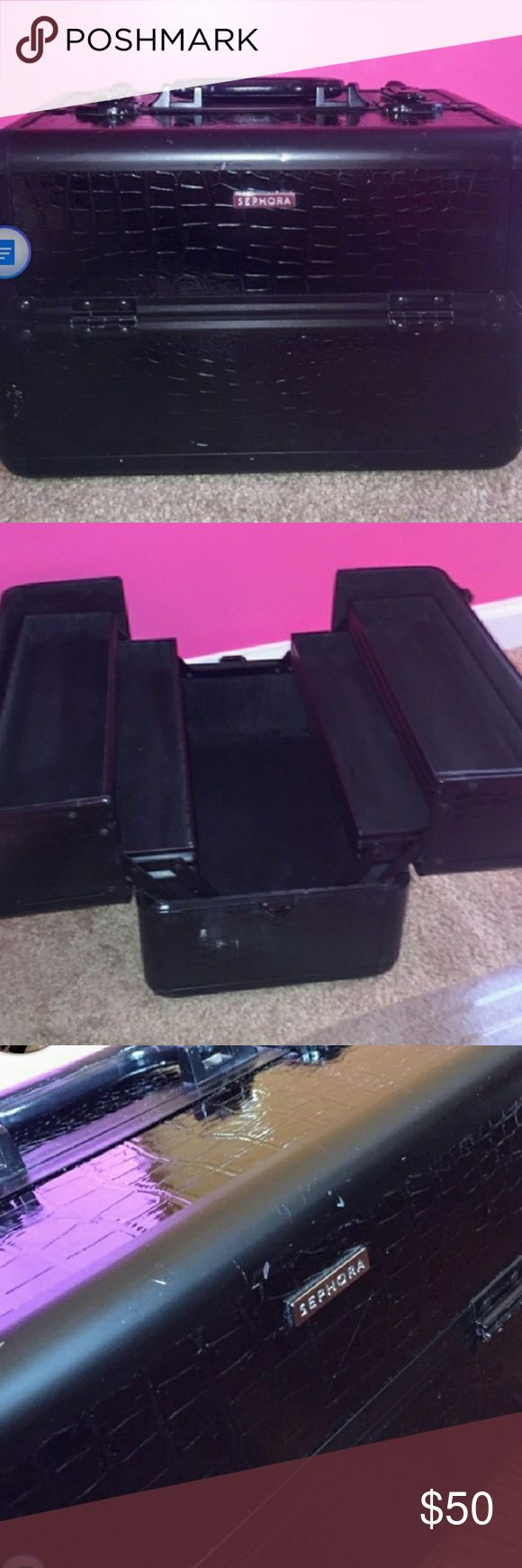 Sephora make up box Moving sale!!! Classy make up box with many compartments. Cleaned? up and ready for delivery. Sephora Makeup