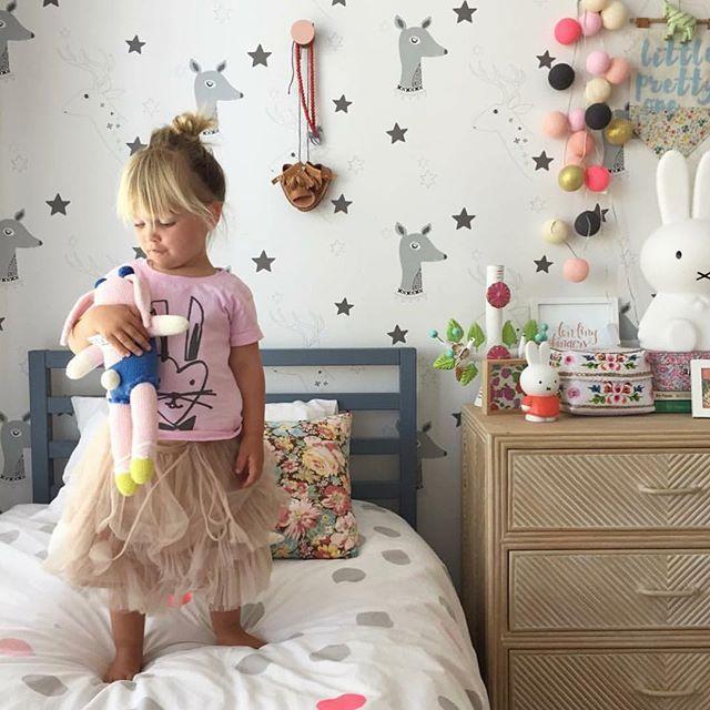 Onszelf Wallpaper | Kids Wallpaper | Girls Room | Designer Wallpaper for Children's Rooms – JUST KIDS WALLPAPER™ www.justkidswallpaper.com