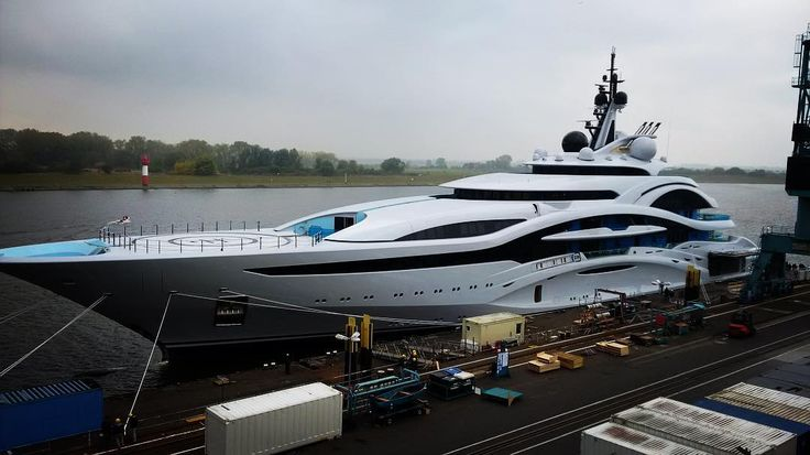 Project Jupiter hits the water at Lurssen – Yacht Harbour