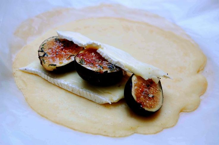 Caramelized Fig, Thyme and Brie Crepes | Delish Dishes | Pinterest