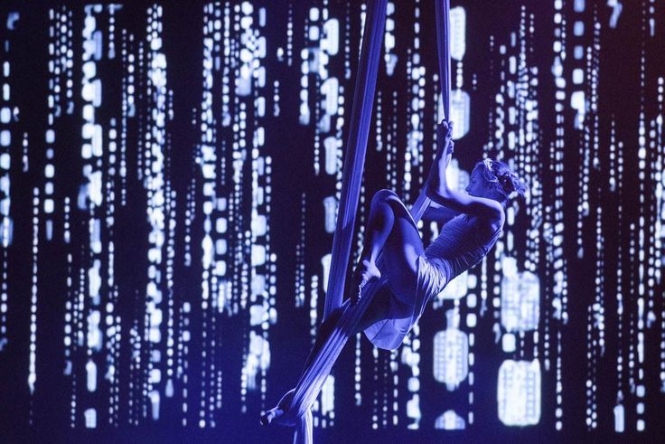 Fusion of dance and acrobatic acts with visual art. Video projection, animation, mapping and lighting effects bring our shows to a higher level.