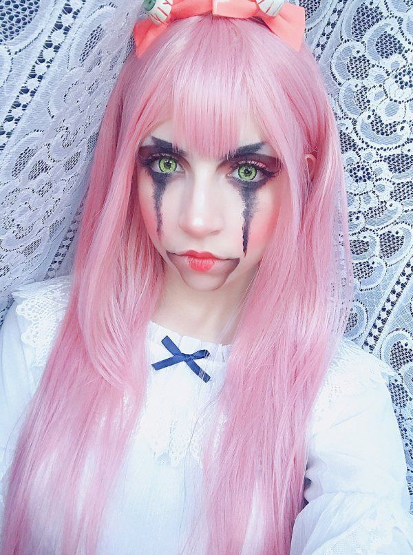 Terrifying And Disgusting Halloween Makeup Ideas Blurmark Halloween Makeup Pink Hair Makeup