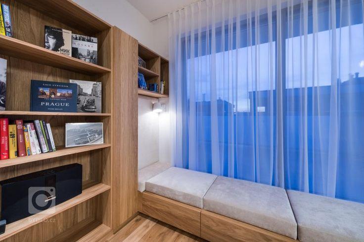Velký byt znamená velké možnosti změn, pokud není většina stěn nosná, jako v případě tohoto bytu. Nám se navzdory omezeným možnostem zásahů podařilo funkce…