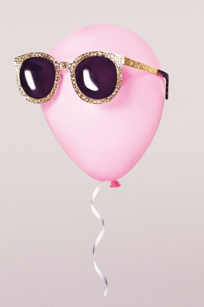 Put on your party shades // Karen Walker sunglasses
