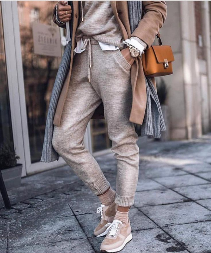 "Polubienia: 13.1 tys., komentarze: 62 – World Lifestyle Blog (@world_lifestyle_blog) na Instagramie: ""@SaboSkirt | Venezia Dress | #saboskirt.com #wordwideshipping @SaboSkirt """