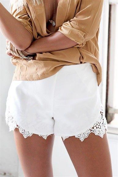 White Scalloped Lace Hem Shorts w/ Dip Hem<br/><div class='zoom-vendor-name'>By <a href=http://www.ustrendy.com/SaboSkirt>Sabo Skirt</a></div>