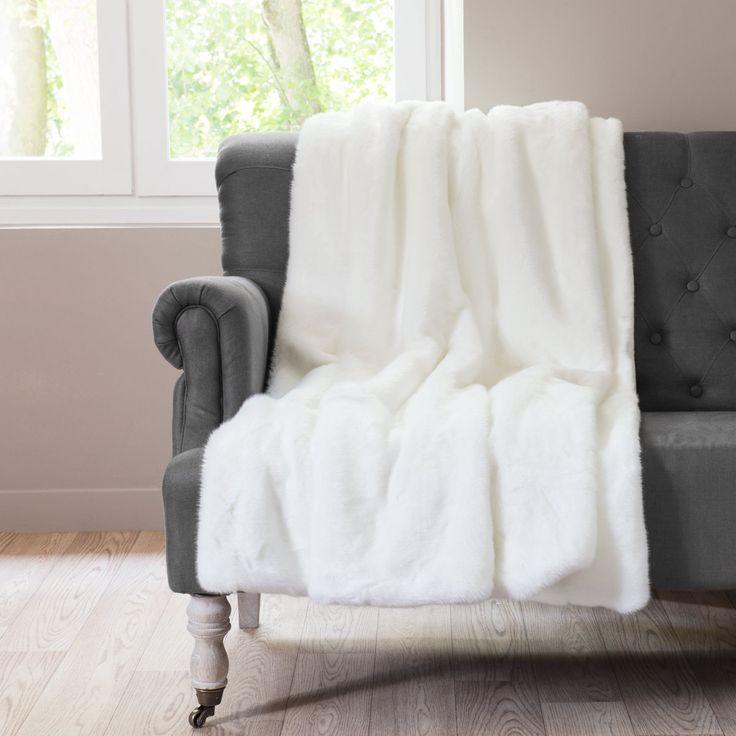 les 25 meilleures id es de la cat gorie plaid blanc en. Black Bedroom Furniture Sets. Home Design Ideas