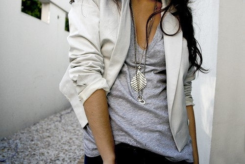 Slouchy....: White Blazers, Fashion Outfits, White Jackets, Layered Necklaces, Silver Jewelry, Long Necklaces, Black Pants, Work Attire, Style Fashion