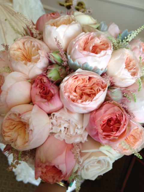 Not a fan of the bright pink but I love the blush, ivory and peach tones in this bouquet.