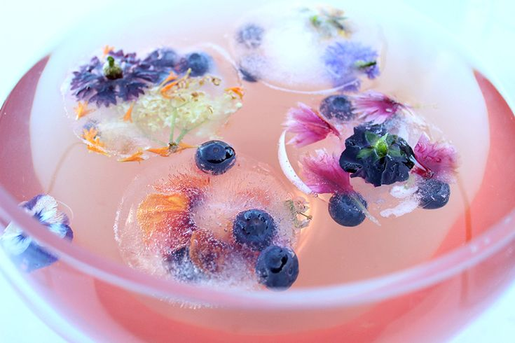 Rosewater Iced Tea using Libertine Blends Runaway Rose loose leaf tea ♥  made pretty with edible flower ice cubes x https://www.inrhispantry.com/blog/my-new-favourite-way-to-serve-drinks-this-summer