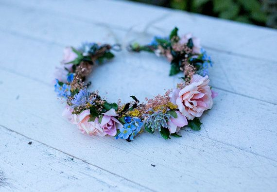 Meadowy floral wreath Flower wreath Romantic wreath Pink roses Wedding crown Floral romantic crown Magaela accessories Hair accessories