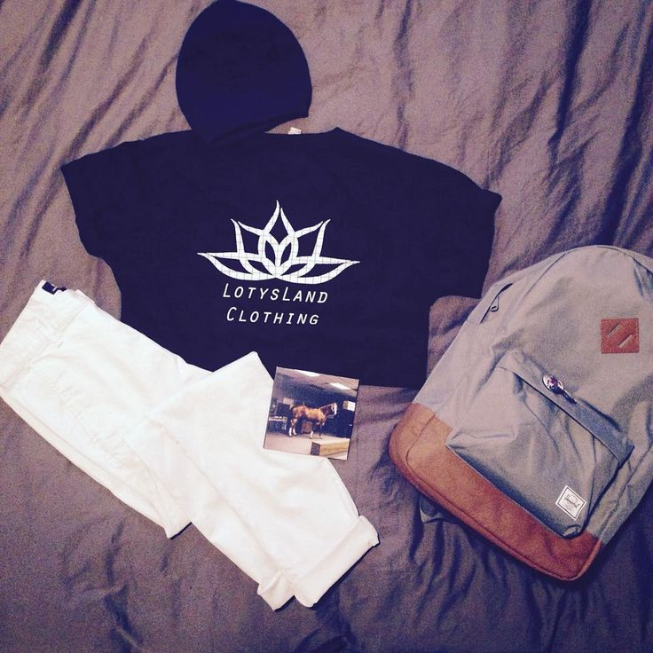 Outfit of the day: Beanie: Bench.  Tee: LotysLand Clothing.  Pants: H&M.  Bag: Herschel Supply Co.  CD: We Are The City