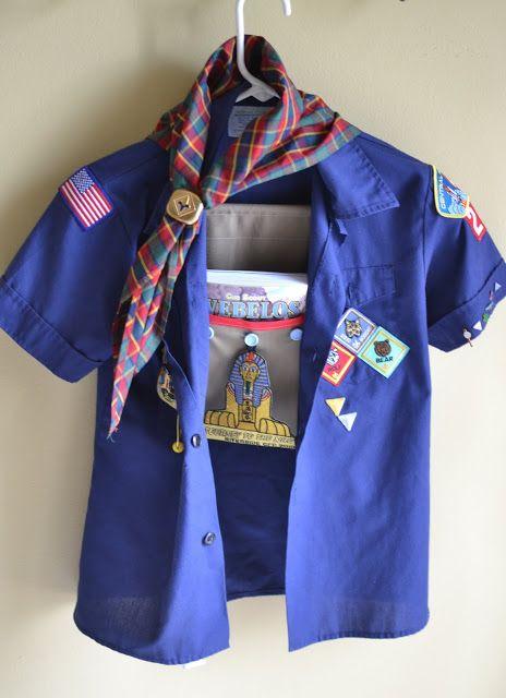 Blue Susan makes: Scout Book Hanging Pocket