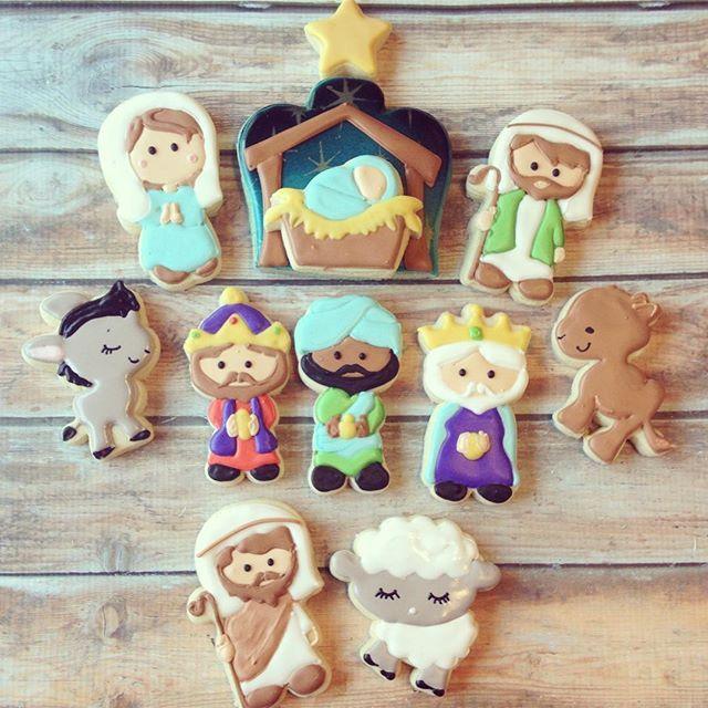 I adore how this Nativity set came out 😍