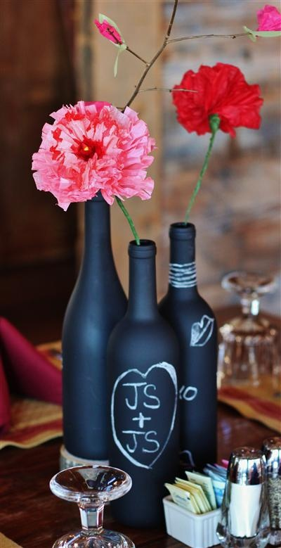 Fun way to do place settings, centerpieces. #chalkpaint  #winebottles #vase