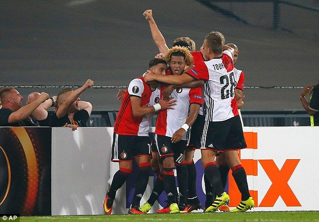 Feyenoord bakal Bawa Tim Keamanan Sendiri ke Old Trafford