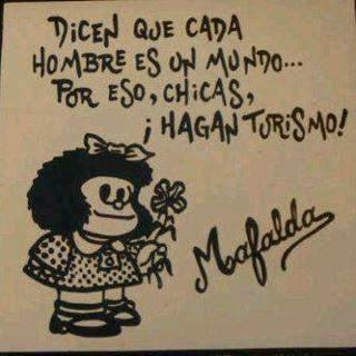 Mafalda nos da sabios y divertidos consejos. Nunca me canso de leerla y sobretodo de disfrutarla :)