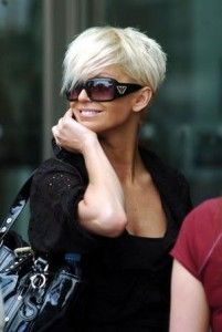Korte platinum blonde haarstijlen voor de zomer 2014