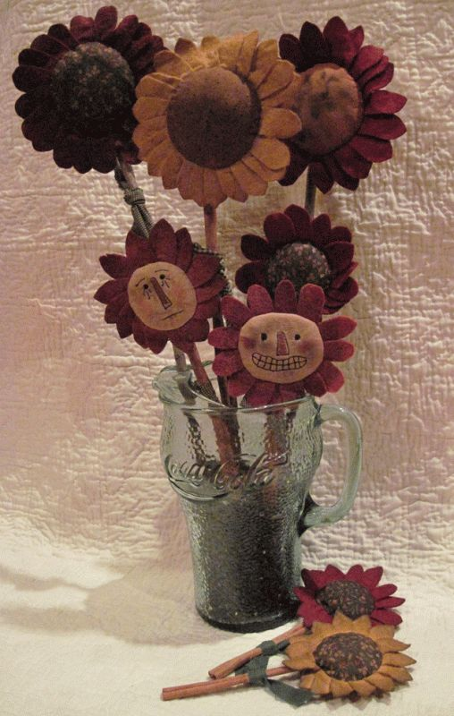 Prim Grinning Flowers Instant Download E Pattern
