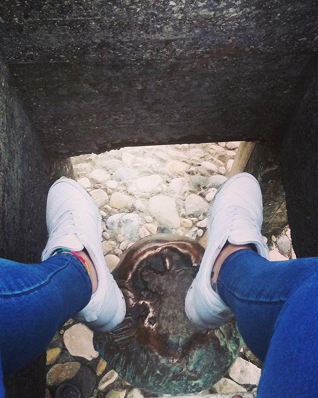 Si vivo en las nubes es porque el suelo esta lleno de idiotas 🙆✌☁ ... #life #live #shoes #tenis #tattooed #tatuaje #ink #tattooart #head #insta #girl #instagram #instago #instagood #pic #picoftheday #picture #photography #photo #photographer #pies #followme #follow #like #like4like #likeforlike #travel #travelgram #traveling #travelphotography by im.aana. ink #traveling #photography #instagood #tattooed #like4like #life #followme #travelgram #head #travelphotography #photographer #travel…