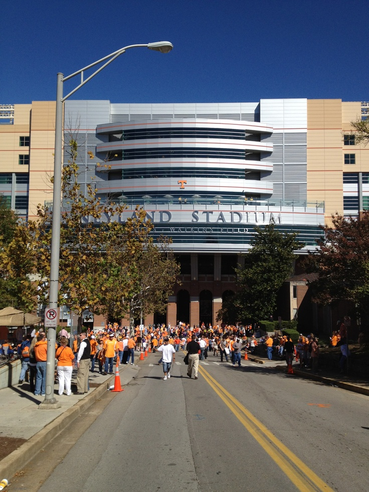 17 best images about tennessee vols football on pinterest tennessee wall signs and football. Black Bedroom Furniture Sets. Home Design Ideas