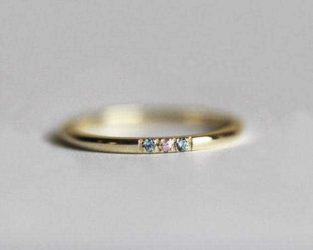 Verlobungsring mit eingefassten Diamanten und Aquamarine / simple engagement ring, diamonds by MinimalVS via DaWanda.com