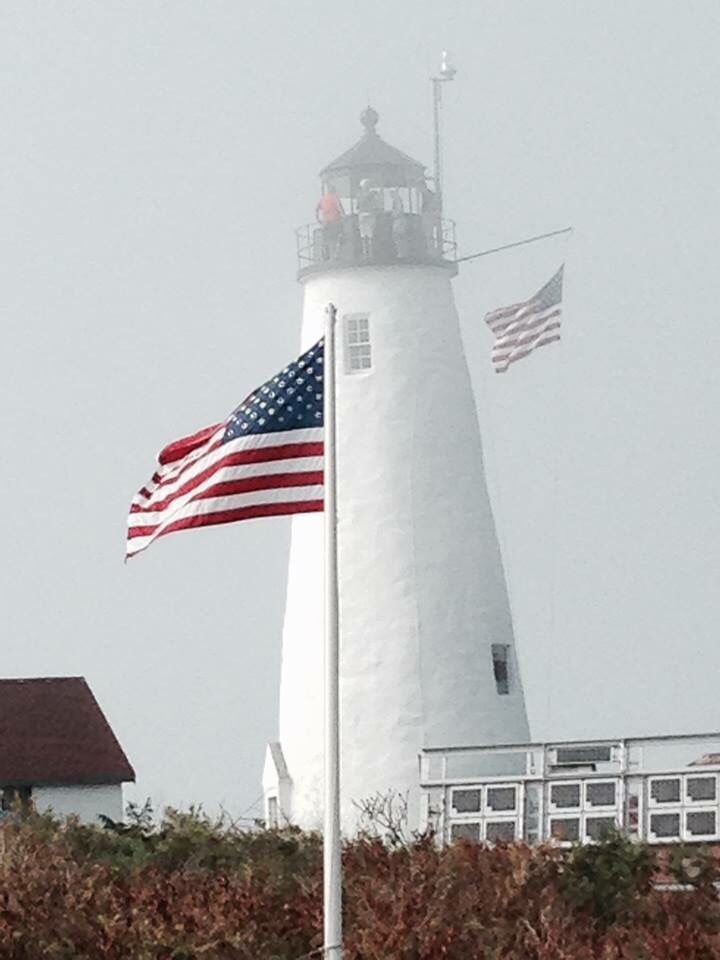 File:Northern Lighthouse Board Commissioners Flag of the ... |Lighthouse Flag Efficiency