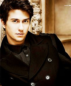 Nat Wolff is so adorable! I have yet to see a movie with him that I don't adore him!