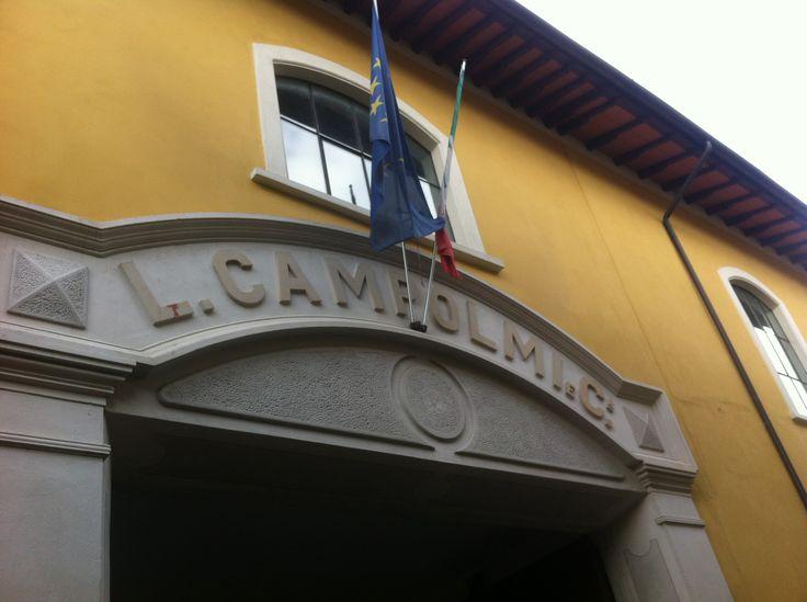Ex Campolmi, Museo del Tessuto, biblioteca Lazzerini