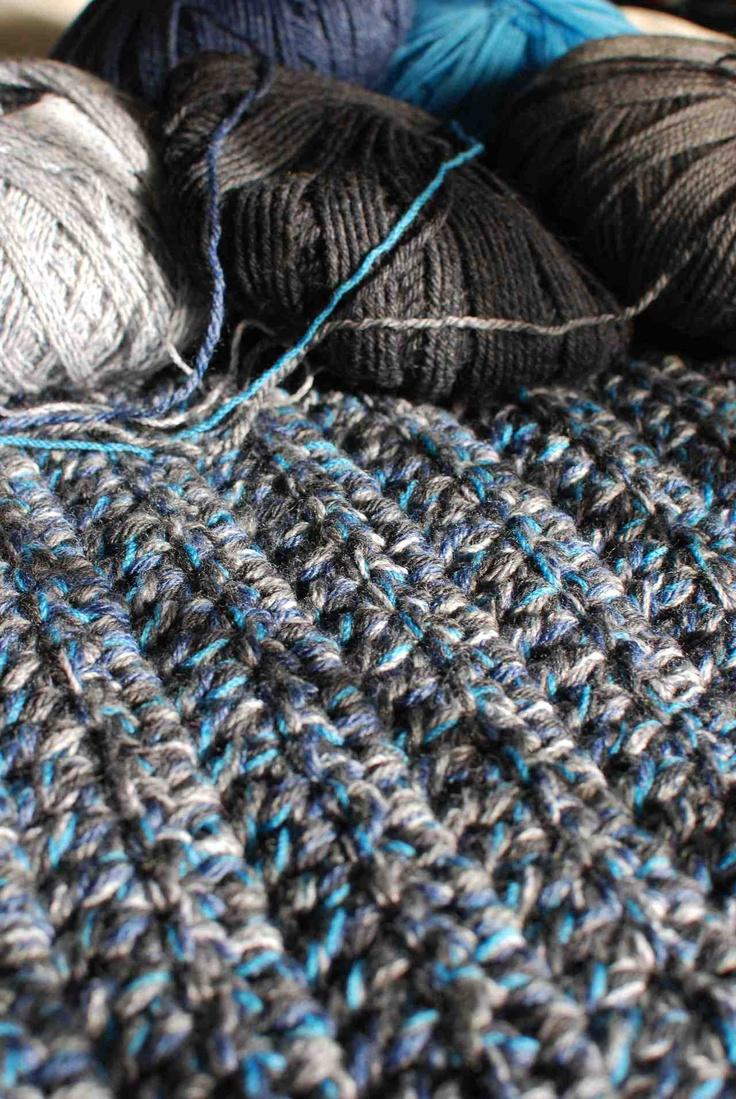 Chunky 5-Yarn Double Crochet Blanket