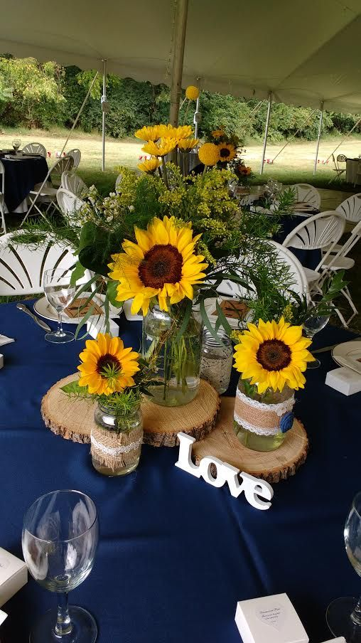 wedding ideas using sunflowers 25 best ideas about sunflower wedding centerpieces on 28340