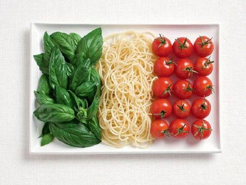 italian food to make an italian flag. gotta love it