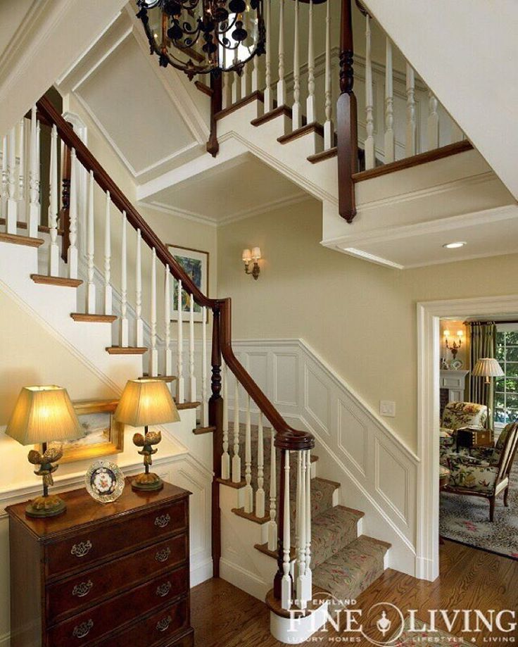 17 Great Traditional Staircases Design Ideas: 17 Best Wainscoting Stairs Images On Pinterest